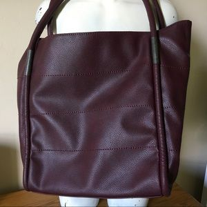 Large burgundy tote, NEIMAN MARCUS